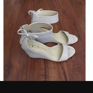 Chinese Laundry Cream Suede Wedges